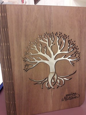 Faborítású gyűrűs mappa fa (sötétbarna) (Fa)