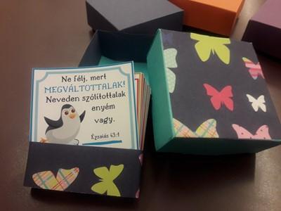 Kézműves igekártyás doboz gyerekeknek pillangós (Doboz)